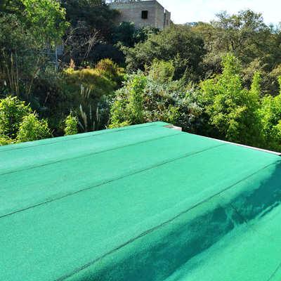 Impermeabilizante rollo prefabricado color verde ecologico.