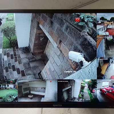 Instalación de CCTV Marca Epcom 8 Camaras de Resolucion 3 Mega Pixel