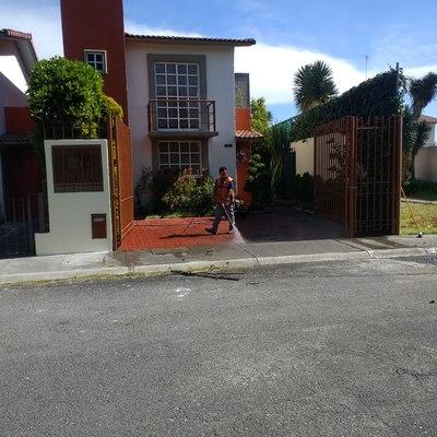 Pintura en fachadas de Residencia Villas del Campo Calimaya Edoméx.
