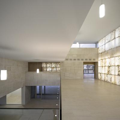 Iluminación oculta: retroiluminados y luces indirectas