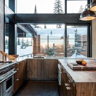 Cocina fabricada con madera, metal y cristal