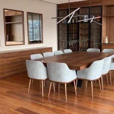 Mesa elegante de usos múltiples