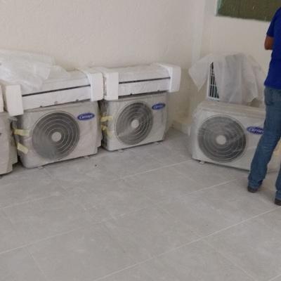 Instalación de 8 mini split Carrier Puron Oficinas Naucalpan