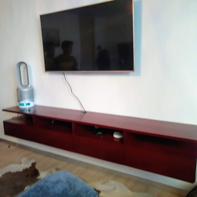 Mueble de TV en Madera de Caoba