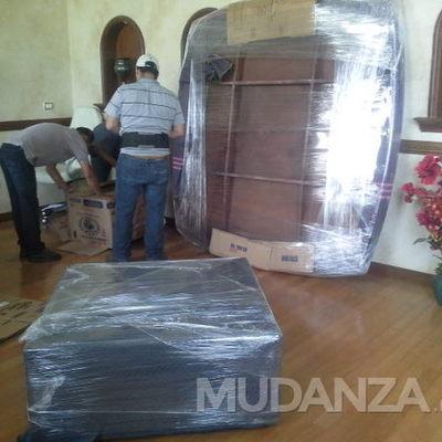 Muebles y mudanzas