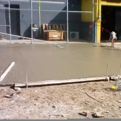 Estacionamiento de firme de concreto