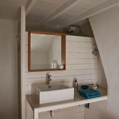 baño blanco pequeño
