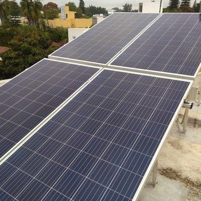 Instalación de 4 Paneles Solares en Jiutepec Centro, Jiutepec