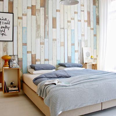 Papel pintado imitando tablas de madera