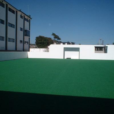 Construcción de Cancha de Futbol en Azotea de bodega.