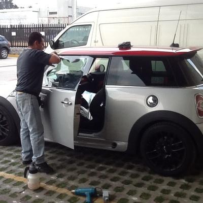 Película de seguridad en autos