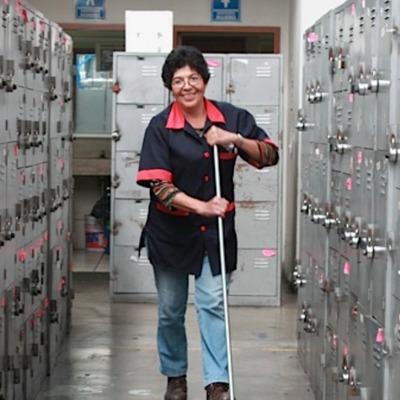 Personal de limpieza permanente en sus instalaciones
