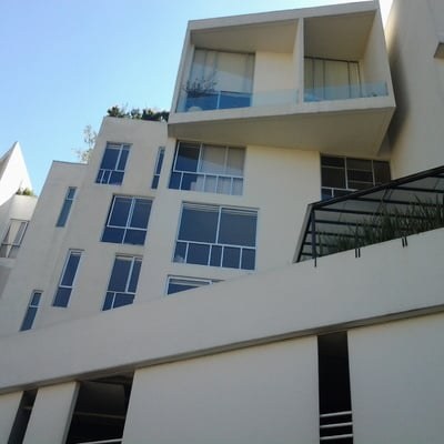Pintura en Fachada de Edificio