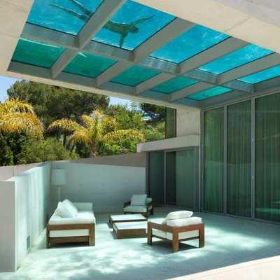 El baño más increíble: ¡alucina con las albercas transparentes!