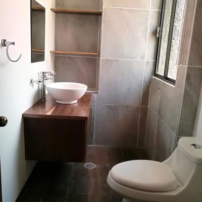 Remodelación 1/2 baño de visitas