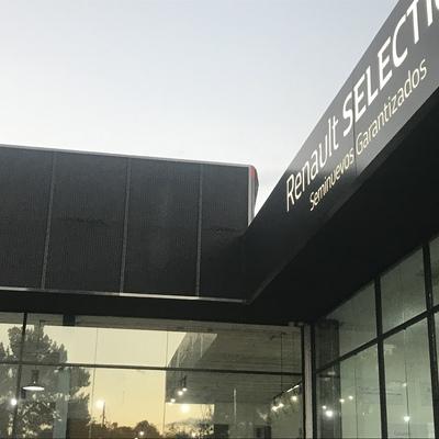 Reparación de Plafón Agencia Renault
