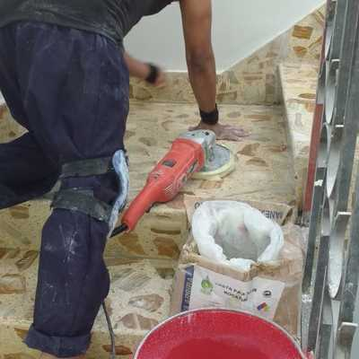 Proyecto de pulido y encerado de pisos