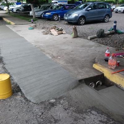 Rehabilitación de Rampas de Acceso a Estacionamiento Tecnológico de Tapachula