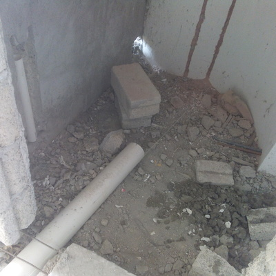 baño terminado con instalación hidráulica , sanitaria y colocación de azulejo
