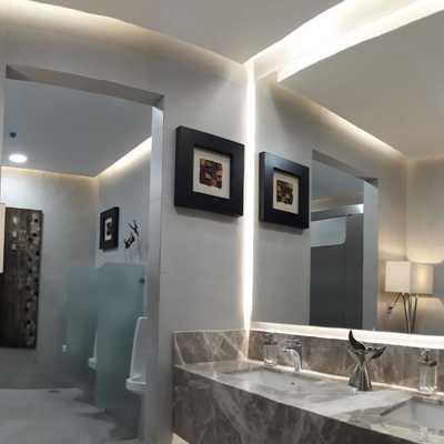 Remodelación de baños administrativos