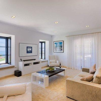 Así es la espectacular casa que vende Bertín Osborne en Marbella (España)