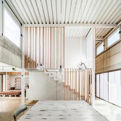 Casa con dos niveles