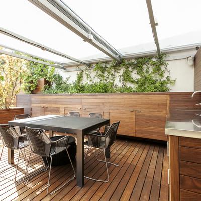 """Obra """"en seco"""" en la terraza: remodelaciones exprés para anticiparte al verano"""
