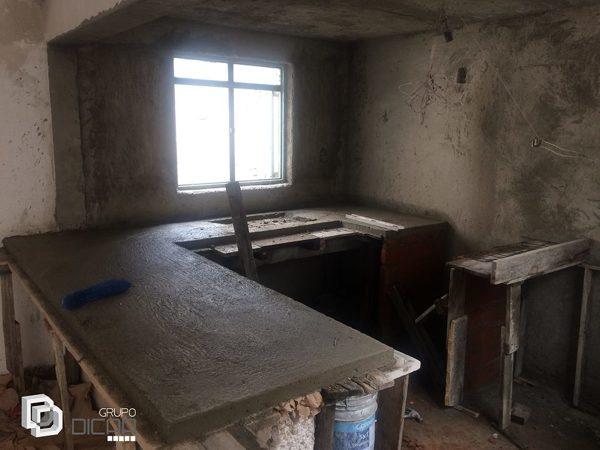 Foto barra de concreto en cocina de grupo dicaa 381689 for Barras de cocina de concreto