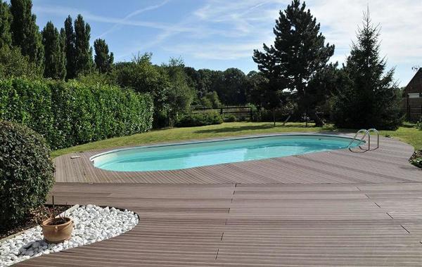 Foto piscina con tarima 173393 habitissimo for Tarima piscina