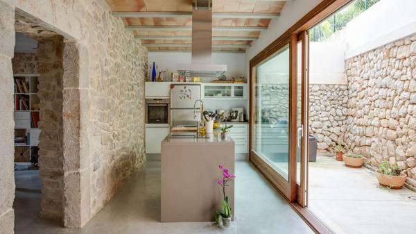 Foto casa rustica 191660 habitissimo - Pared rustica interior ...