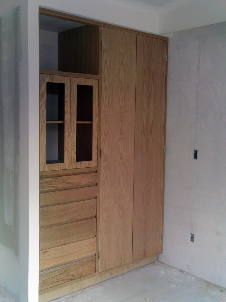 Foto closet de madera de roca y m s 9226 habitissimo for Valor closet en madera