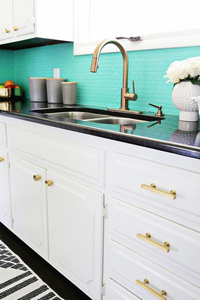 Foto Cocina Con Azulejos Pintados De Verde Aqua 289617 Habitissimo - Azulejos-de-cocina-pintados