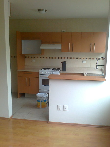 Foto cocina con pintura nueva de soluciones en pintura for Coste cocina nueva