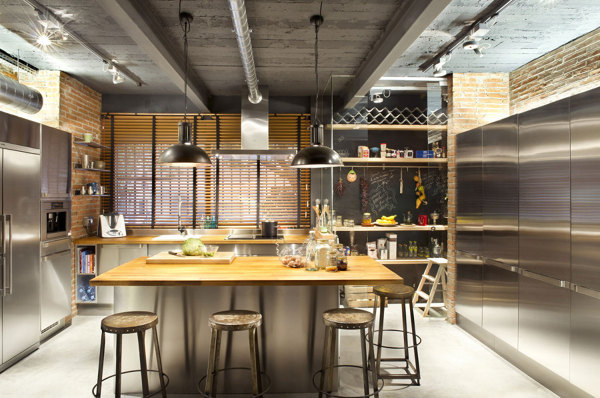Foto cocina estilo industrial con isla 155853 habitissimo for Cocina de estilo industrial