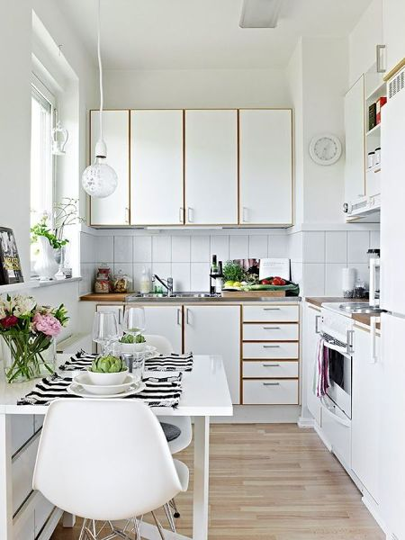 Foto cocina peque a iluminada 150797 habitissimo - In cucina con pippo de agostini ...