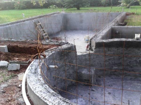 Foto construcci n de alberca y jacuzi en villahermosa for Construccion de albercas en cuernavaca