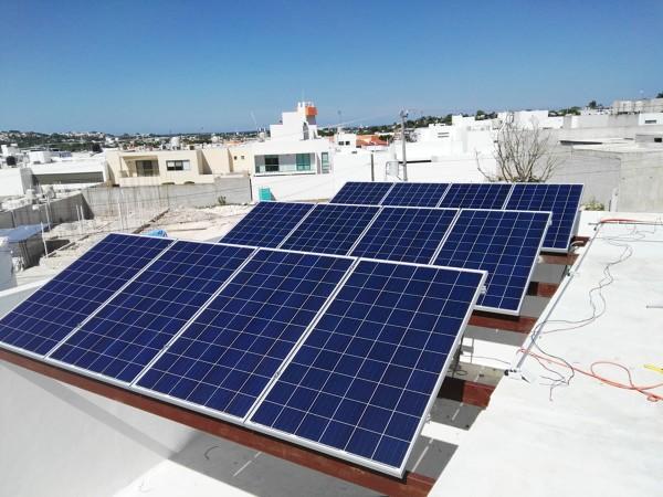 Foto instalacion paneles solares de sawel solar 252750 - Casas con placas solares ...