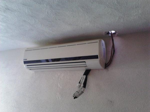 foto instalado de clima confort y calefacci n s a de c. Black Bedroom Furniture Sets. Home Design Ideas