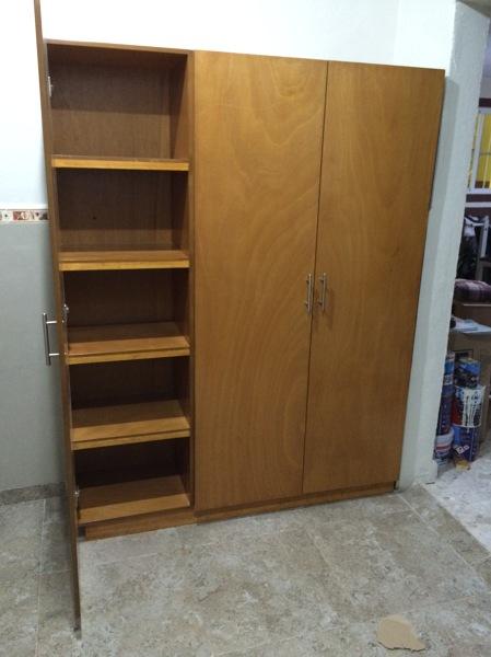 Foto mueble de cocina para despensa de closets y vestidores 184010 habitissimo - Muebles despensa cocina ...