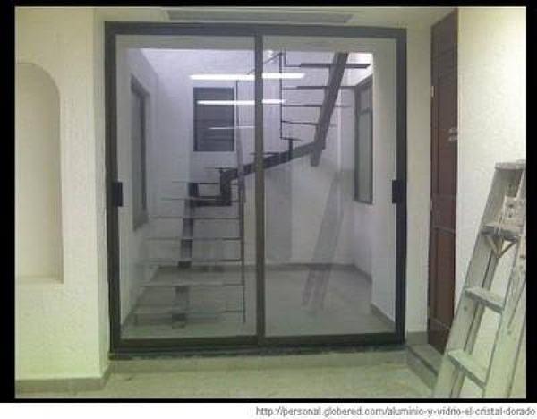 Foto puertas corredizas l nea espa ola negra 3600 vidrio for Puerta ventana de aluminio corrediza