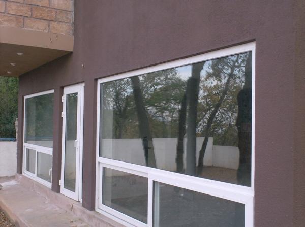foto puertas y ventanas de aluminio de total glass