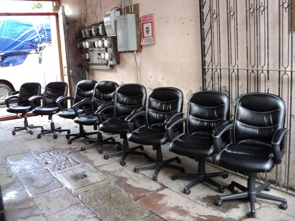 Foto rehabilitacion de silleria de oficina de abafenix for Silleria para oficina