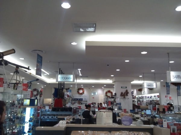 Foto tienda sanborns wtc de dias arquitectura 139092 for Sanborns azulejos precios