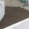 Colocación de tierra para el sembrado de plantas