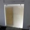 Proveer 2 canceles de baño fabricado en cristal templado de 9mms, con un fijo lateral y una puerta abatible de 1. 20  ancho 1. 70 alto.
