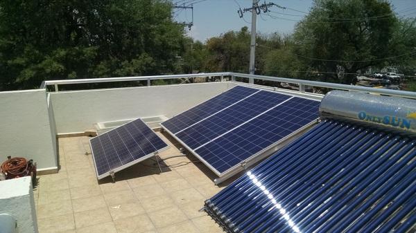 Cu ntos paneles solares necesito para mi casa habitissimo - Paneles solares para abastecer una casa ...