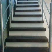 ¿cómo hicieron los peldaños de esta escalera?