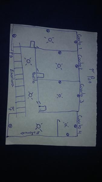 ¿Cuánto cuesta un recableado de una casa en planta baja y primer piso?