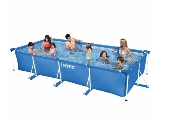 Puedo poner una piscina de plástico en una azotea de tercer piso ?