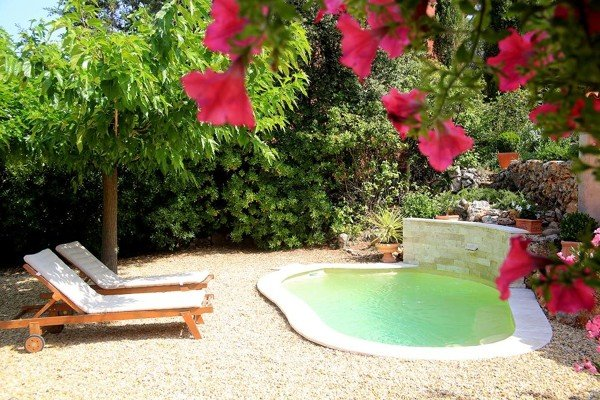 ¿Cuál es el costo para la construcción de una piscina pequeña?